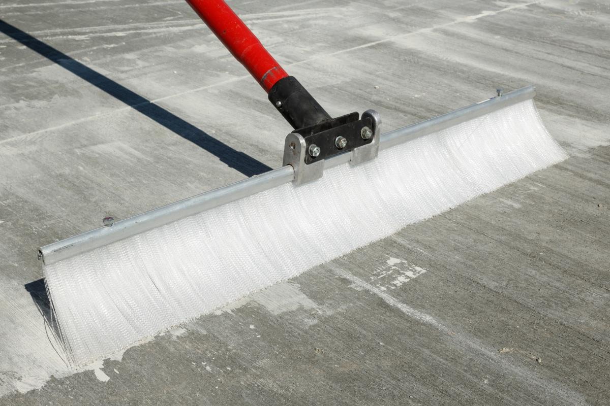 gebezemd beton
